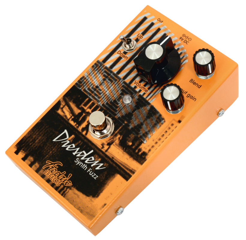 dresden-synth-fuzz Dirty, Synth, Fuzz, Octave, upper octave, lower octave, silicon, glitchy, oscillating